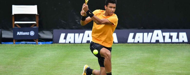Auger-Aliassime na trawie