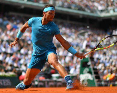 Rafael Nadal na mączce.
